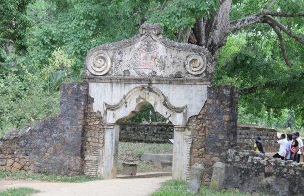 maduwanwela_walawwa main entrance