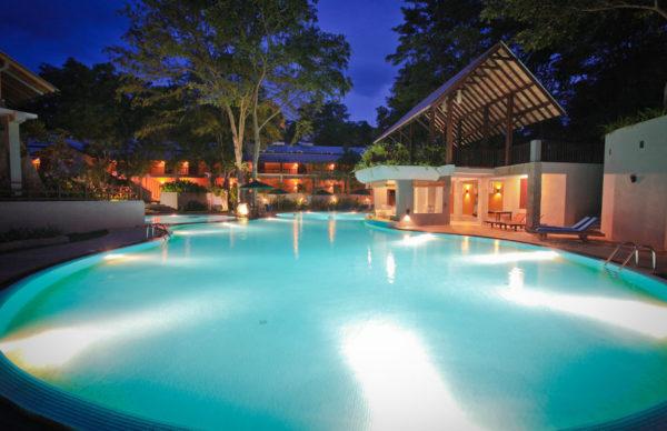 Grand udawalawe_safari_Resort_pool_