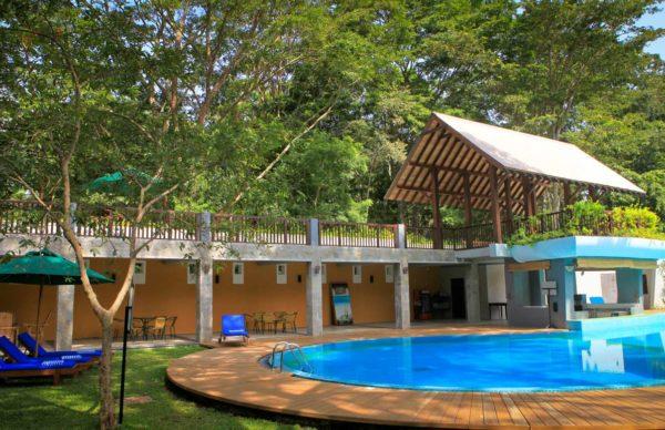 Udawalawe safari jungle Pool